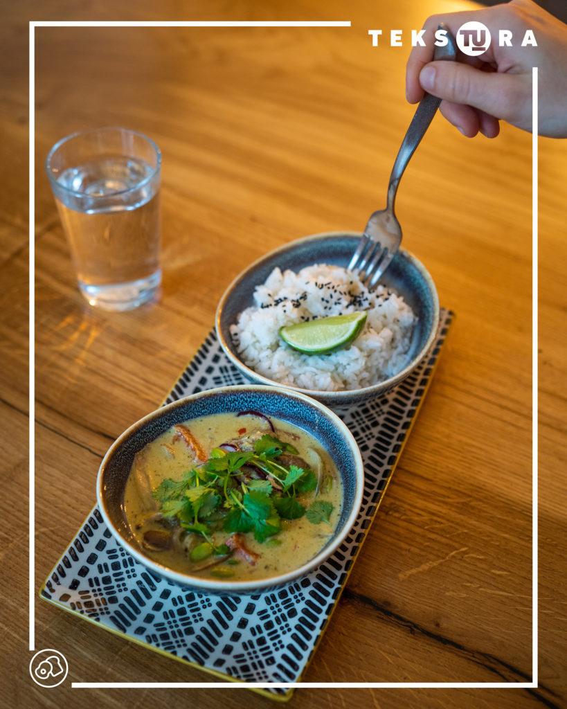 kuchnia-azjatycka-w-poznaniu-tekstura-lunch